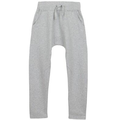 Spodnie dresowe z obniżonym krokiem dla chłopca 9-12 lat C62K506_1