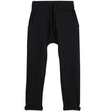 Spodnie dresowe z obniżonym krokiem dla chłopca 3-8 lat C62K006_5
