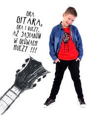 T-shirt z kontrastowym wykończeniem dla chłopca 9-13 lat C71G603_1
