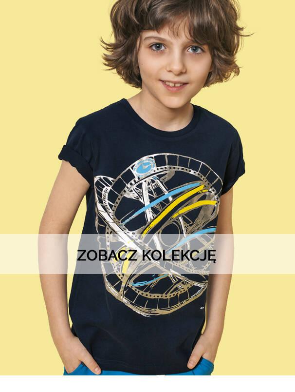 Baner z chłopcem w koszulce z rowerem.