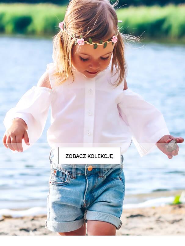 Baner z dziewczynką w jasnej koszulce