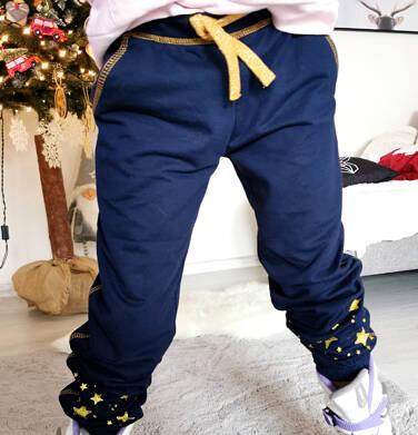 Endo - Spodnie dresowe dla dziewczynki, w gwiazdki, granatowe, 2-8 lat D04K053_1,3