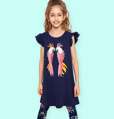 Dżersejowa sukienka z krótkim rękawem, rękawki z falbanką, granatowa z papugami, 2-8 lat D05H037_1